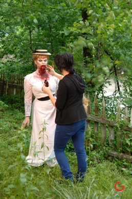 Creature Makeup Artist LuAndra Whitehurst Puts Final Touches on Model - Eternal Beauties