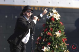 Blues Brothers sing in front of the Titanic during the Holliday parade of stars. - Advertising photographers in Branson Missouri, Branson Missouri photography